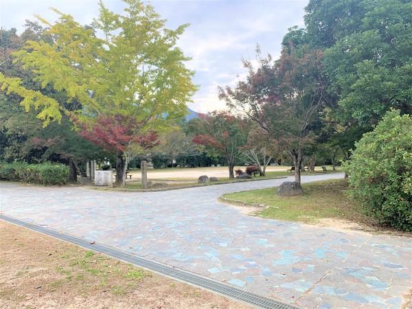 福岡市早良区大字脇山戸建の公園画像