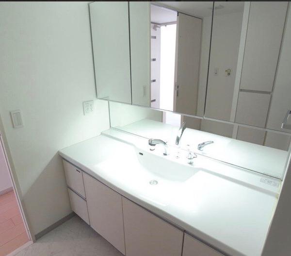 ローレルスクエア白庭台2番館の洗面台・洗面所画像