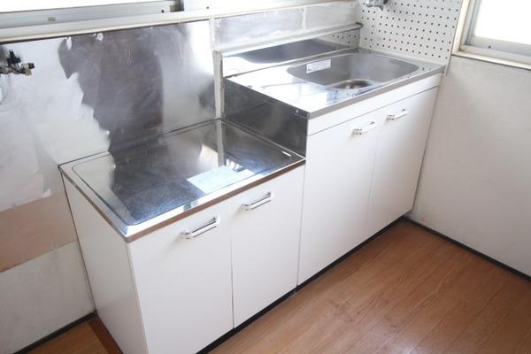 大阪市港区市岡3丁目のタウンハウスのキッチン画像