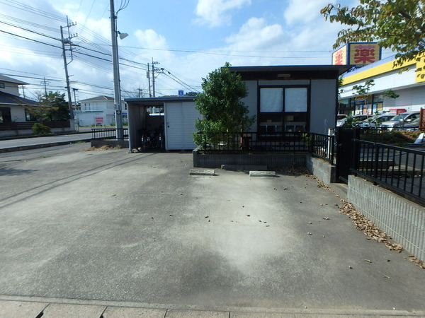 中古戸建・東金市・東上宿の駐車場画像
