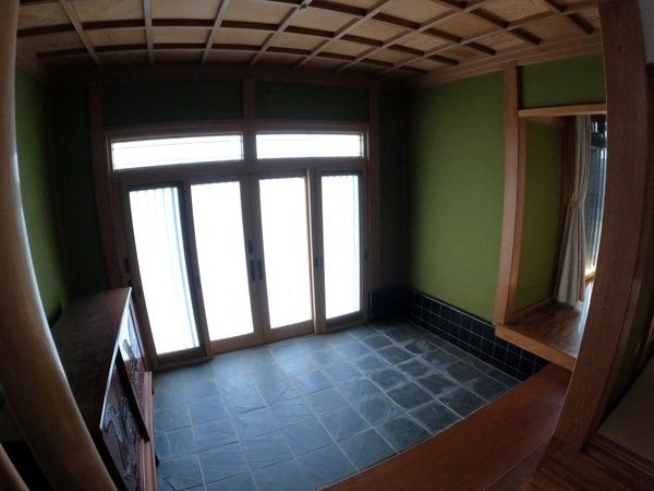 成田市 十余三の玄関画像
