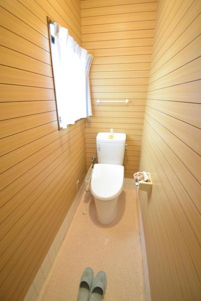 上戸建のトイレ画像