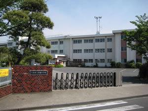 菖蒲町新堀戸建の小学校画像
