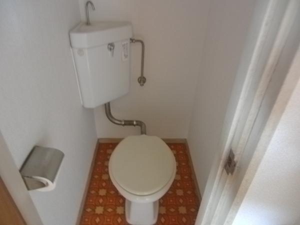 ロイヤルイーストイコマのトイレ画像