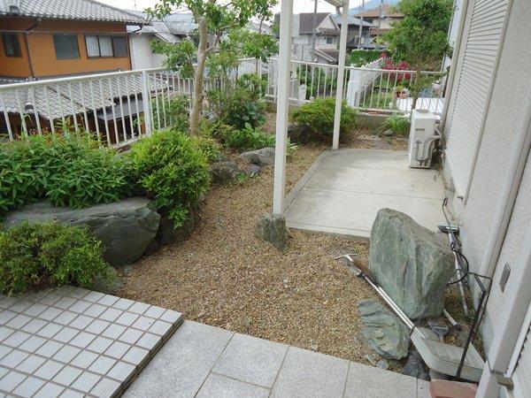 生駒市喜里が丘2丁目の中古一戸建の庭画像