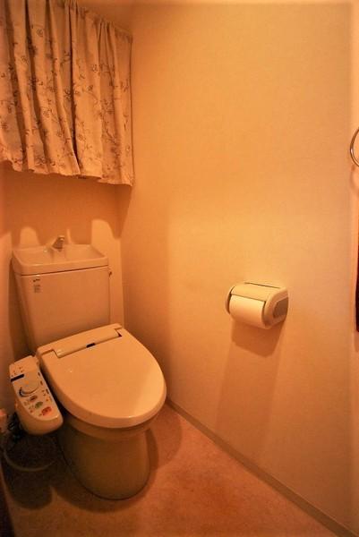 福岡市南区桧原2丁目の中古一戸建のトイレ画像