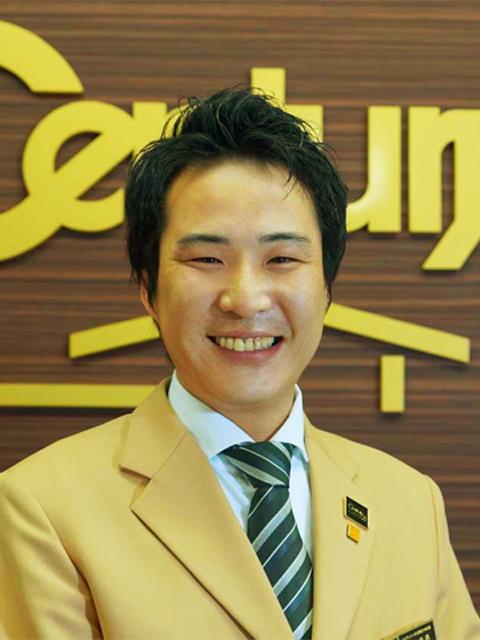 センチュリー21関西不動産情報センター田中 良典の写真